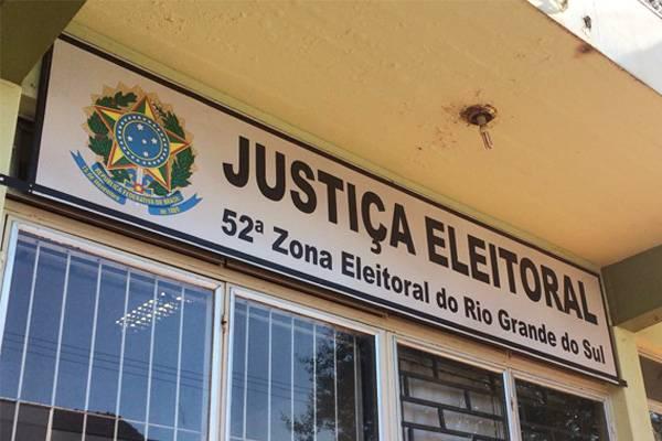Chefe do Cartório Eleitoral tira dúvidas sobre mudança de sessões e regras eleitorais