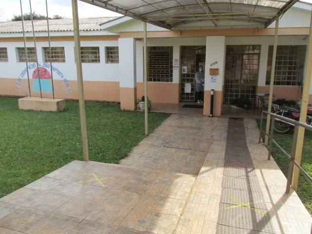 Dezesseis de Novembro suspende aulas presenciais em todas as escolas