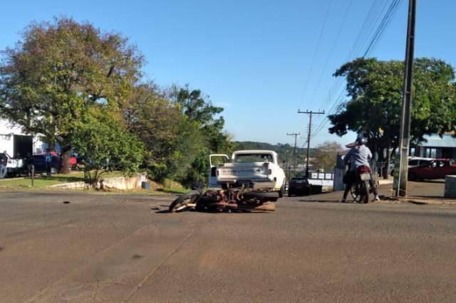 Acidente deixa motociclista ferido
