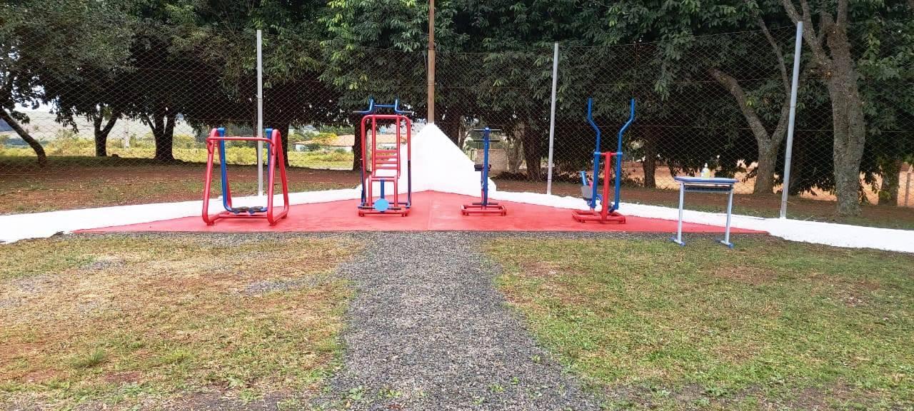 Instalada academia ao ar livre no Estádio Municipal de Santo Antônio das Missões