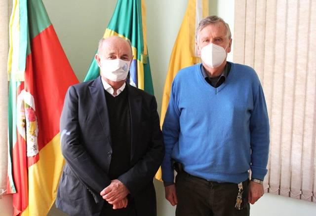 Prefeito Sidney Brondani recebeu a visita do presidente da Calçados Beira Rio