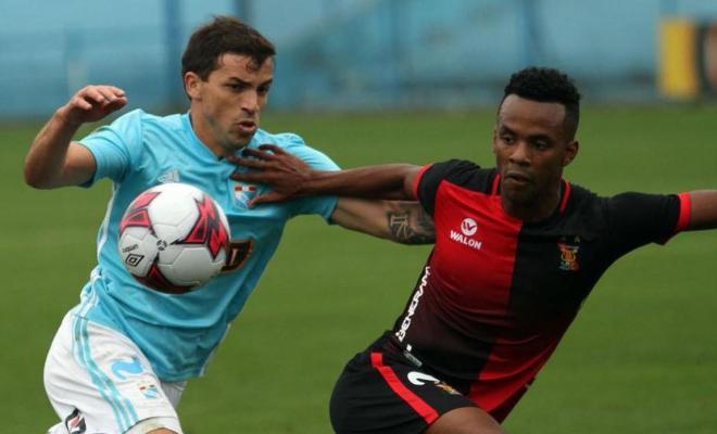 Cristal derrotó por 2 - 0 a Melgar de Arequipa