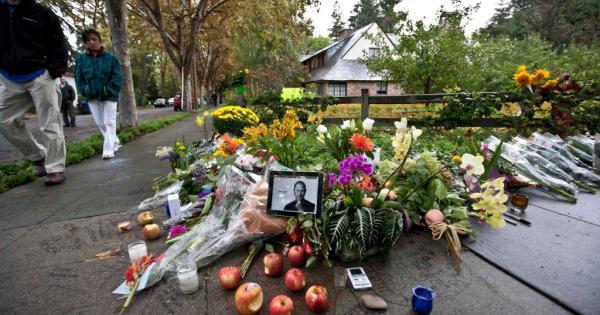 Steve Jobs Diventa Monumento La Casa Dove Nato LApple