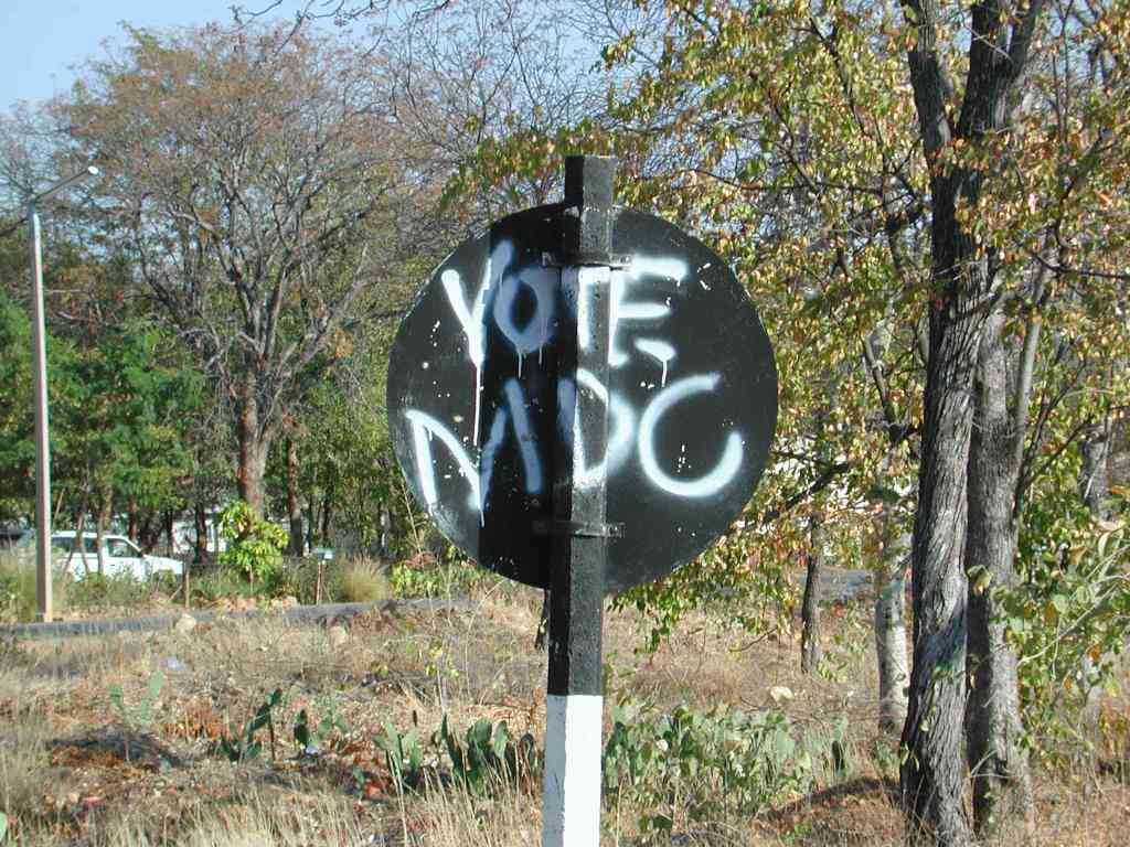 Graffiti in favour of the opposition Movement for Democratic Change (MDC)