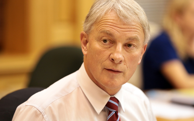 Phil Goff at the select committee considering new anti-terrorism legislation.