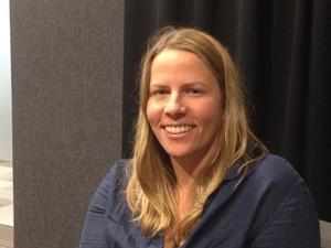 Dr Melanie Bunce