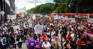 Gremios docentes de la Ciudad inician un paro por 48 horas en rechazo a las clases presenciales