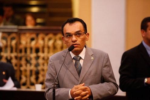 Odacy Amorim diz não reconhecer pesquisa em Serra Talhada