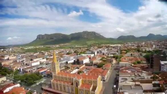 Serra Talhada comemora 166 anos