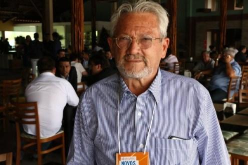 Prefeito de Ingazeira promete realizar concurso público ainda este ano