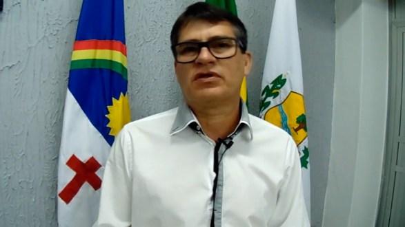 Vereador Augusto Martins solicita construção de retornos na obra de duplicação da entrada de Afogados