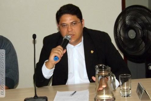 """Delegado Edson Augusto afirma: """"não houve sequestro de menina em Itapetim"""""""
