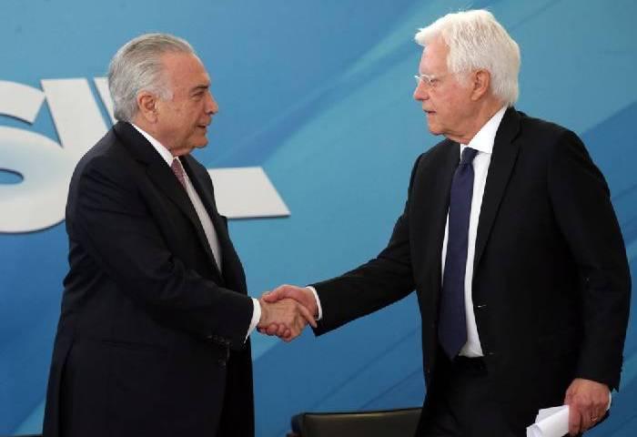 Presidente Temer e ex-ministro são presos na Lava Jato