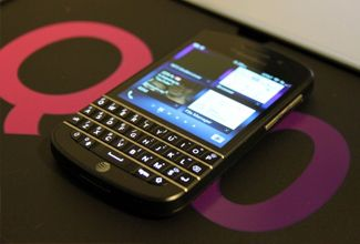Facebook, interesado en comprar Blackberry