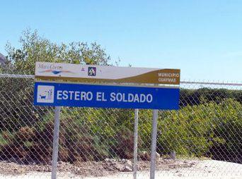 Clausura Profepa obras en el estero El Soldado, en Guaymas