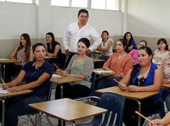 1,198 aspirantes realizan el Concurso de Oposición para el Ingreso a funciones Docentes y Técnico Docentes en educación Media Superior