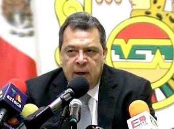 Ángel Aguirre pide licencia a su cargo de Gobernador de Guerrero