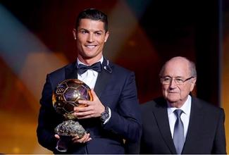 Este día la FIFA dio a conocer que Cristiano Ronaldo ganó el Balón de Oro 2014, el portugués consiguió por tercera ocasión este premio.