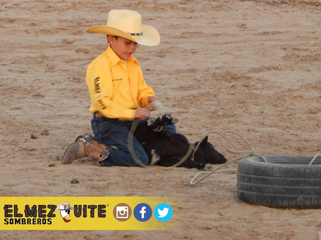 "Eber González es campeón Nacional infantil de ""Amarre de Borrego"""