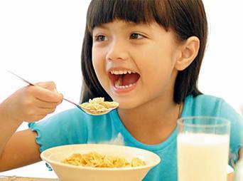 Seguramente te has preguntado: ¿Por qué es importante desayunar?  Aquí te dejamos los beneficios que esta comida tiene para nuestra salud.