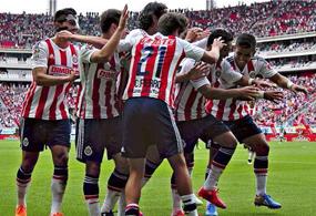Chivas líderes de la Liga MX