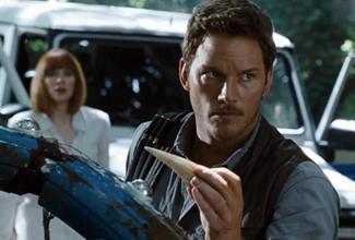 Jurassic World rompe récords con su estreno, al recaudar 209 mdd en Estados Unidos, y a nivel mundial suma la cantidad de 516 mdd.