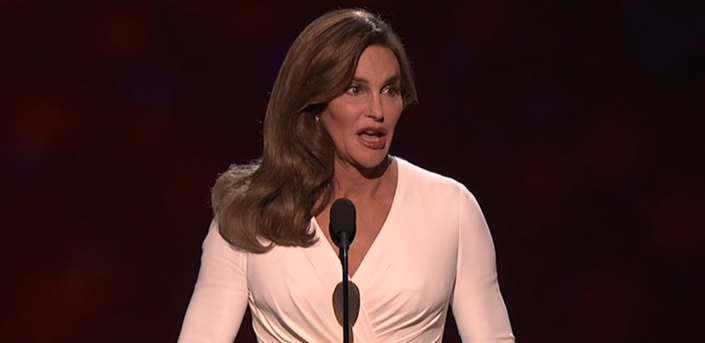 Caitlyn Jenner en los ESPY dio un inspirador discurso sobre los transexuales al recibir el premio Arthur Ashe al Valor, te dejamos el video.