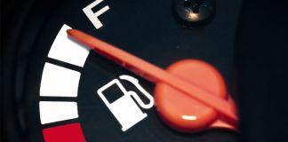 Tips para ahorrar gasolina al conducir