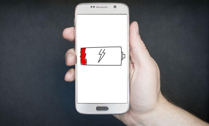 Cerrar apps hace tu celular más lento