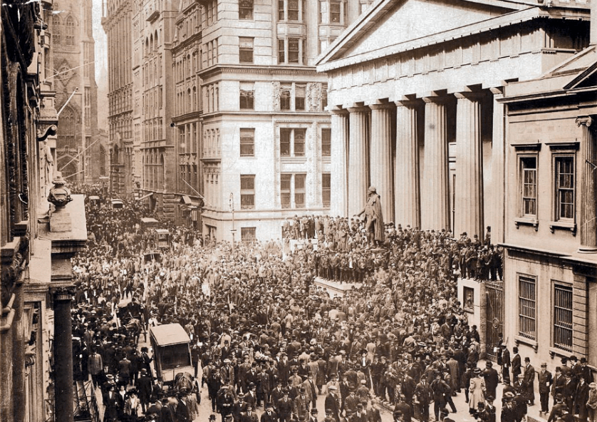 Wall Street during the Panic of 1907. Image by: Wikipedia Commons