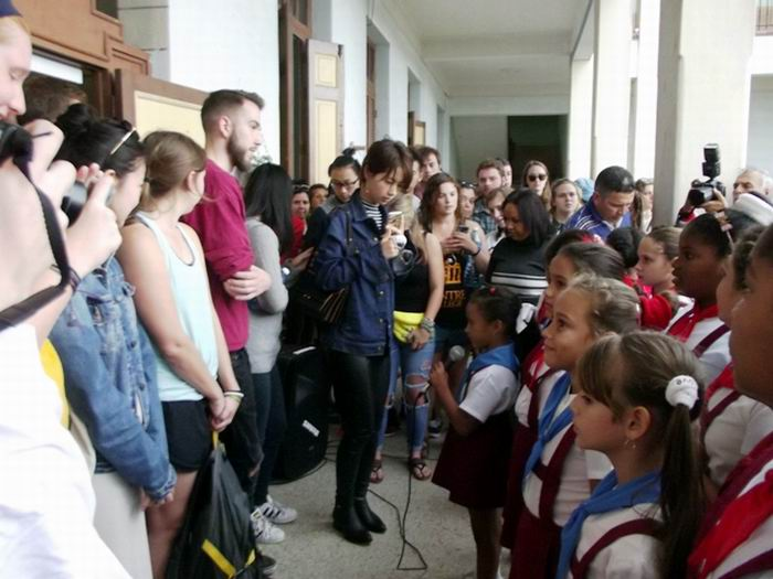 US university group visits Cuban school