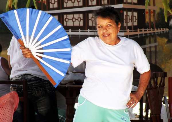 Algunos abanicos se utilizan en las artes marciales. Foto Abel Rojas