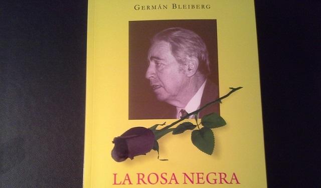 La rosa negra de German Bleiberg, con su editor Jacobo Israel