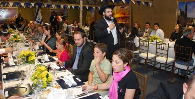 La pequeña comunidad en Guayaquil (Ecuador) y su nuevo espacio radiofónico, con Lev Ingerman