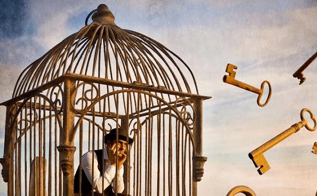 """""""El hombre y su cárcel"""": un cuento de Dahn Ben Amotz y los límites de la libertad, con Gustavo Efron"""
