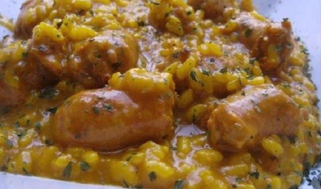 Más kashrut y más recetas: cazuela de arroz con salchichas y tortilla de espinacas