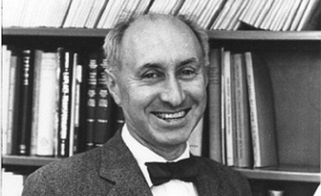 Arthur Erdélyi: Solucionador de problemas