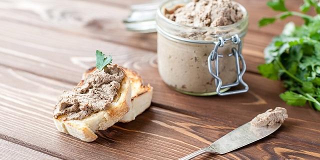 Otoño en la cocina judía: terrina de higaditos y ensalada