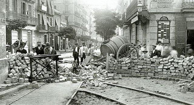 100 años de la Semana Trágica, con Gustavo Efrón