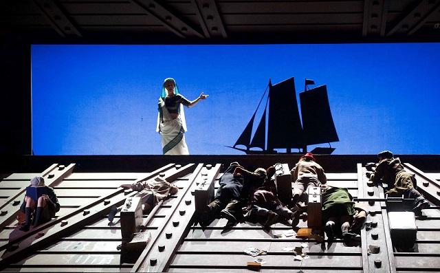 """""""El viaje de Roberto"""" en el Teatro Regio de Parma: la shoá aquí también se recuerda"""