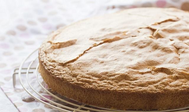 Muy sefardí: pan de España y dulces de pistacho