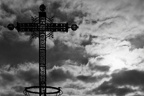 Se la Croce brucia a Damasco è come se bruciasse a Roma/ Cristiani massacrati dai ribelli