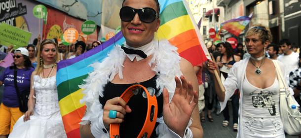 """Studio della prestigiosa """"Social Science Research"""": il disastro sociale della """"famiglia gay"""""""