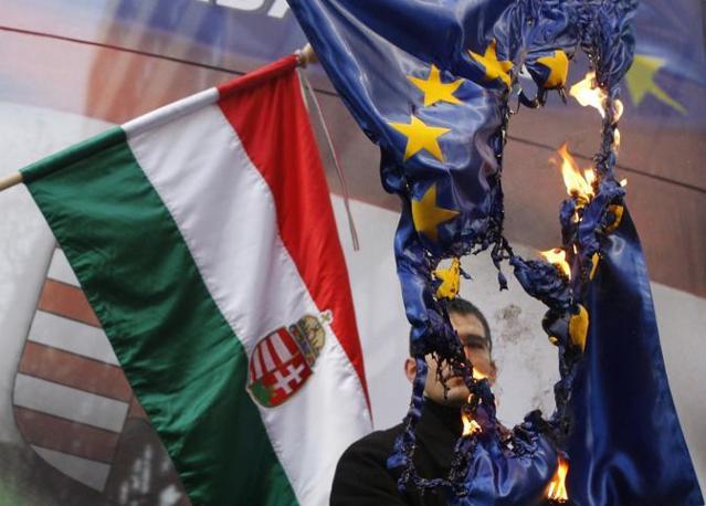 Ungheria / Dopo Francia altro schiaffo a UE. Larghissima maggioranza nazionalista