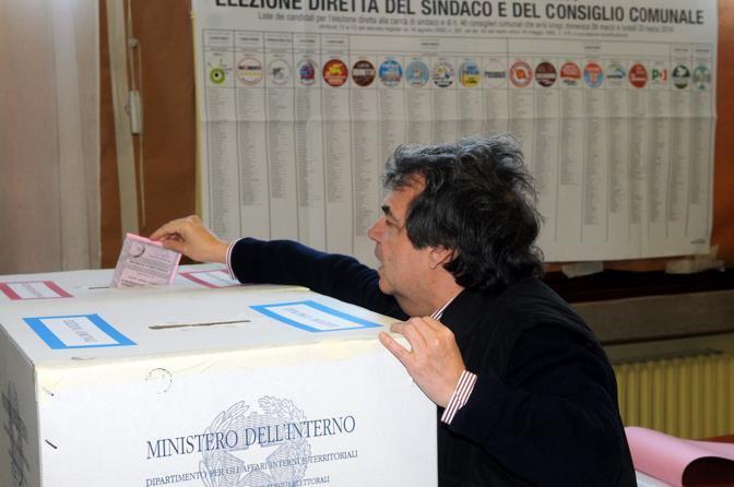 Europee. Affluenza italiana alle 12 molto sotto il 20% (proiezione). In Rep. Ceca affluenza definitiva sotto il 25%