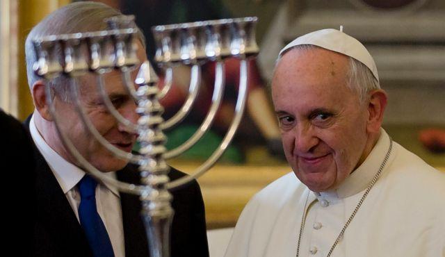 [NUOVE RELIGIONI] Bergoglio non andrà a Nazareth ma andrà al museo della Shoah