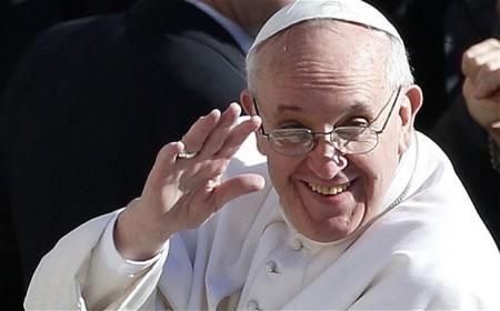 """Bergoglio diventa un brand televisivo: """"perché il Papa è un genio del marketing"""""""