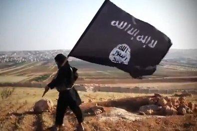 """Proteggeva i Cristiani, adesso è con l'ISIS: """"Berremo il vostro sangue!"""""""