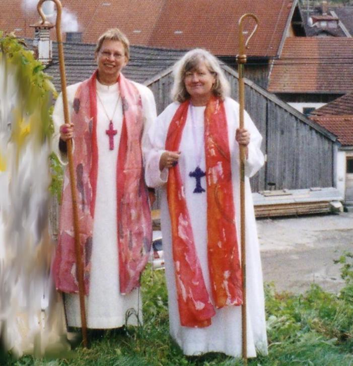 """Pastorale & rossetto. La """"vescovessa"""" che piace al clero austriaco"""