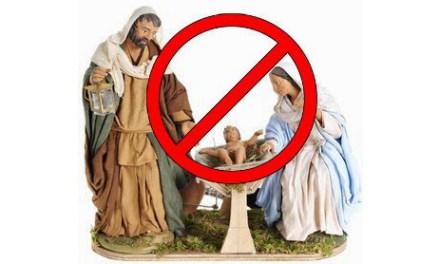 Quando anche il prete invita a non fare il presepe